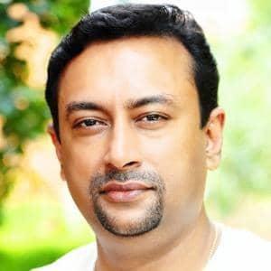 Dr. Jayaprakash, mejor médico ayurvédico